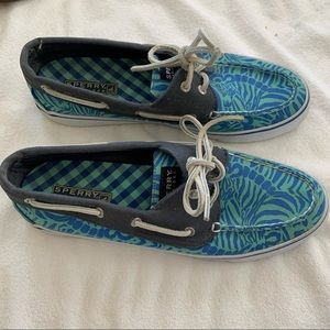 Sperry top side printed boat shoes size 8.5